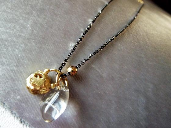 Pendants necklace-Quartz on  black silver