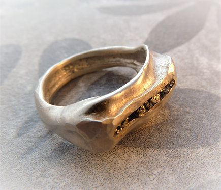 טבעת פיריט גולמית