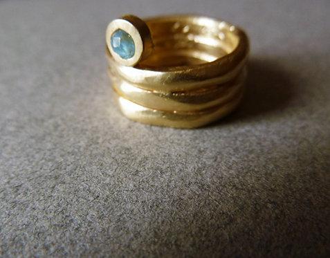 טבעת שלוש פסים ואבן טורקיז