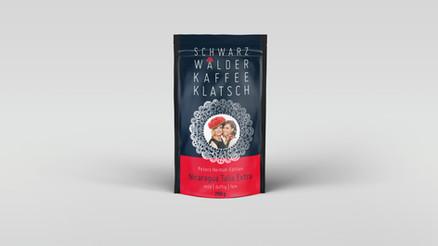 Kunde: Kaufhaus-Peters, Achern Projekt:  Schwarzwaldwoche Umsetzung: Keyvisuel, Schaufensterbeschriftung, Zeitungsbeileger, Kaffeeverpackung
