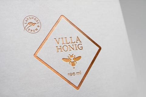 Kunde: Villa Belveder, Baden-Baden   Logo und Etikett für Lavendelprodukte und Honig