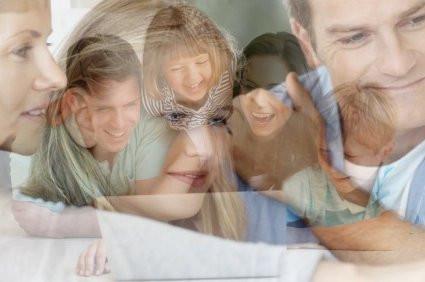 הורים וילדים - יחסי גומלין בעידן הלפטופ והמתירנות