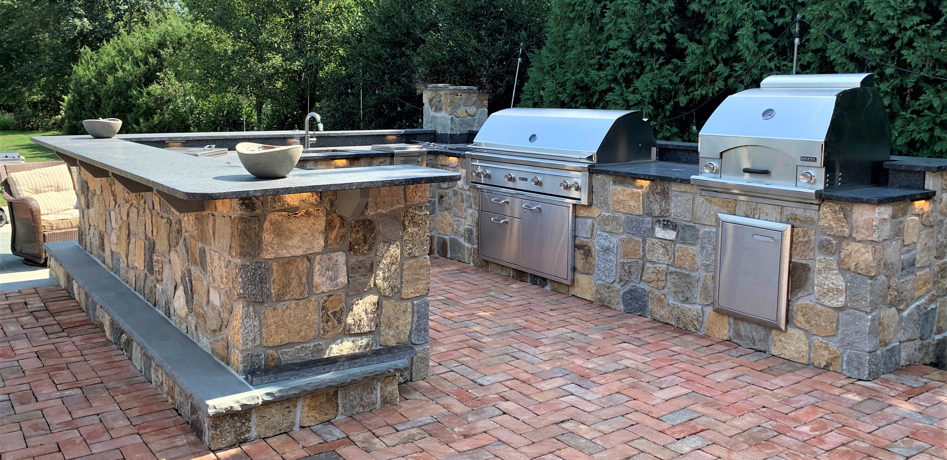 Custom outdoor kitchens and pavers