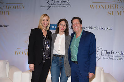 Lisa Kudrow, Sara Barielles, Peter Roth.