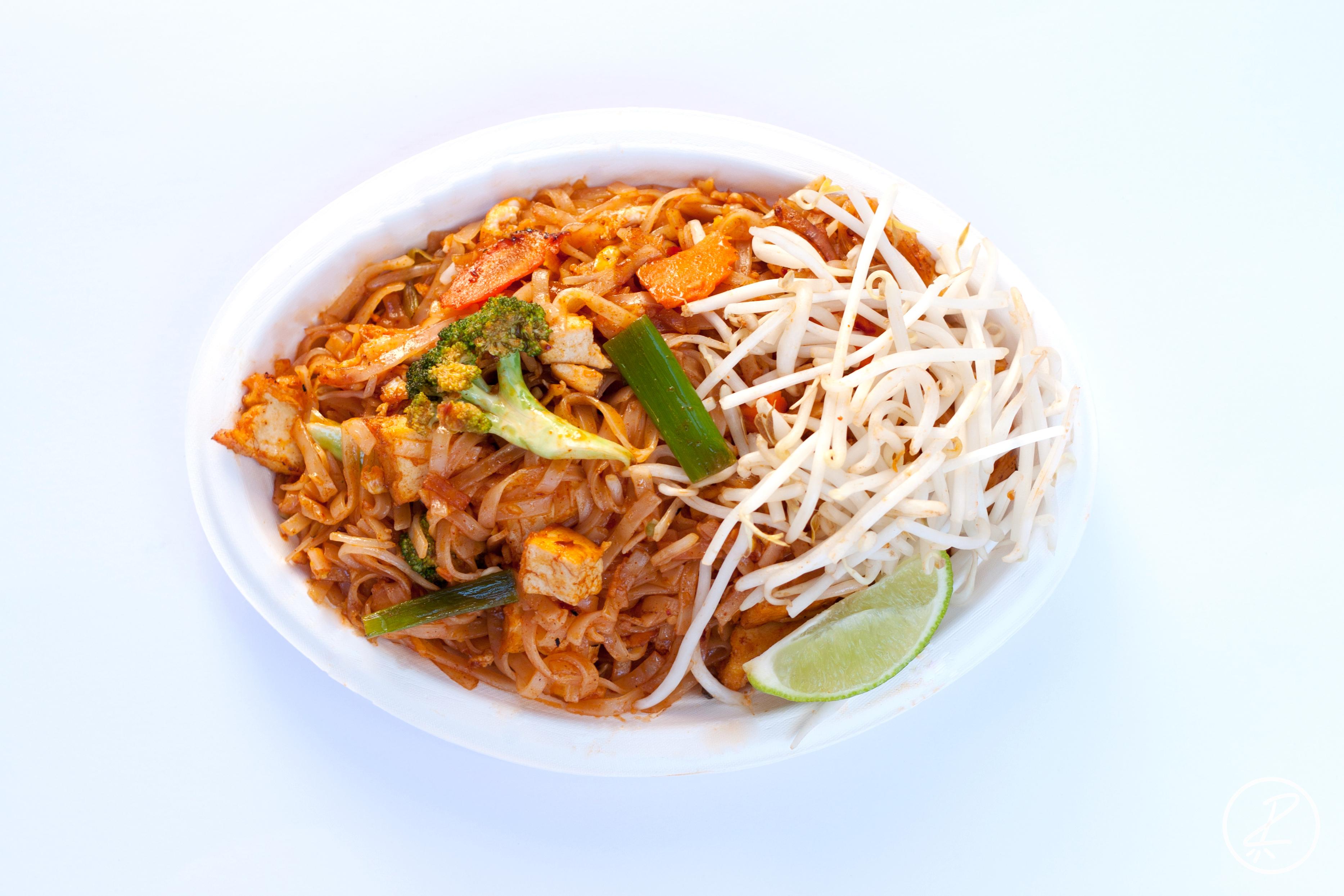 N4) Pad Thai