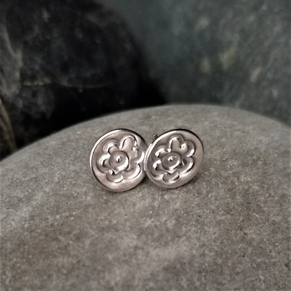 Round Stud Earrings - Organic