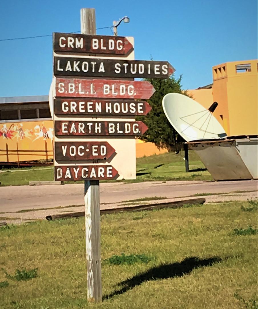 31 SGU signpost icloud15mar18 (2) ms pho