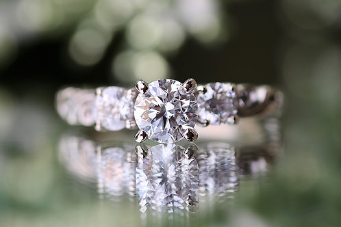 ARTCARVED ROUND DIAMOND ENGAGEMENT RING