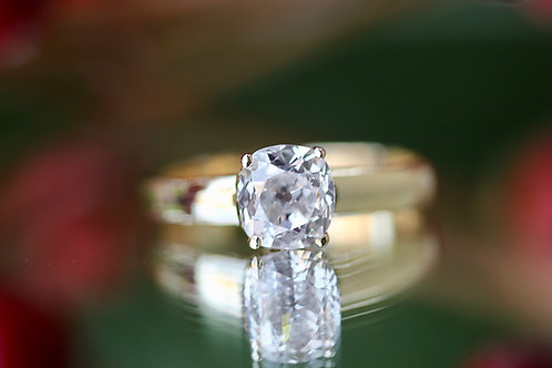 VINTAGE SOLITAIRE ROUND DIAMOND ENGAGEMENT RING