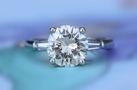 Chesapeake Pawn & Gun | buying and selling jewelry | diamond jewelry | gold jewelry | loose diamonds