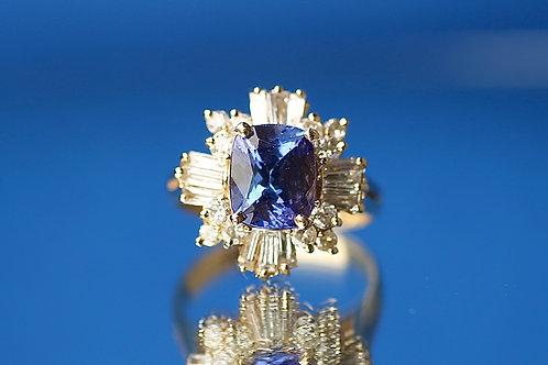 TANZANITE & DIAMOND COCKTAIL RING