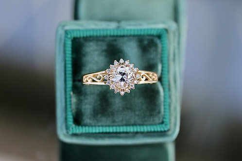 VINTAGE FILIGREE ROUND DIAMOND ENGAGEMENT RING