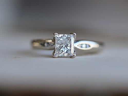 PRINCESS CUT ENGAGEMENT RIGHT WITH ROUND DIAMOND ACCENTS