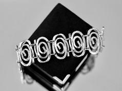 Silver Jewelry Chesapeake VA, Cheap Jewelry Chesapeake VA, Silver Bracelets Chesapeake VA, Unique Jewelry Chesapeake Virginia