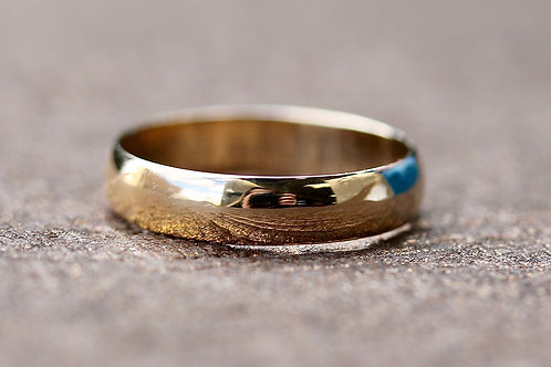 WOMENS YELLOW GOLD WEDDING BAND
