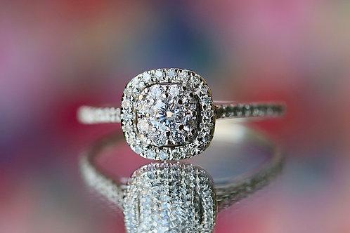 ILLUSION SET ROUND DIAMOND ENGAGEMENT RING WITH HALO