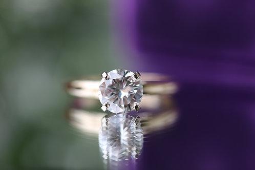 ROUND DIAMOND SOLITAIRE ENGAGEMENT RING