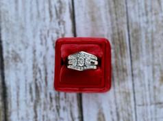 oval diamonds, engagement ring, wedding set, virginia beach jewelry store, hilltop pawn