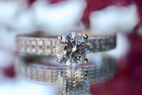 ROUND DIAMOND SOLITAIRE ENGAGEMENT RING WITH ACCENT DIAMOND BAND