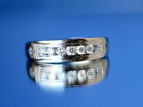 MENS VERA WANG DIAMOND AND SAPPHIRE WEDDING BAND