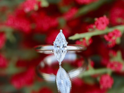 WHITE GOLD MARQUISE SOLITAIRE DIAMOND ENGAGEMENT RING