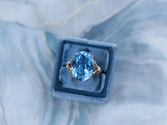 blue topaz, gemstones, fashion jewelry, virginia beach jewelry store, hilltop pawn