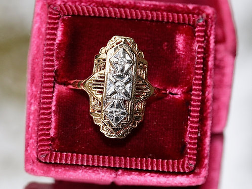 VINTAGE TWO-TONE DIAMOND RING