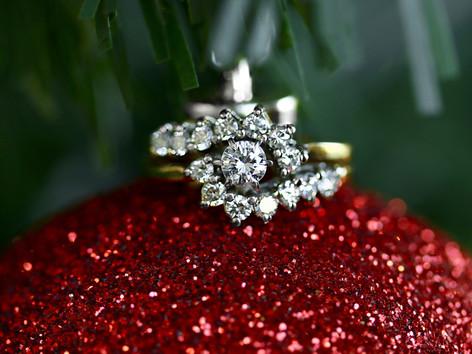 wedding set, engagement ring, round diamond, virginia beach jewelry store, hilltop pawn