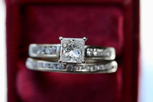 PRINCESS CUT SOLDERED WEDDING SET WITH ROUND DIAMOND BANDS