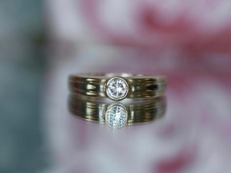bezel set ring, round diamond, two toned, virginia beach jewelry store, hilltop pawn
