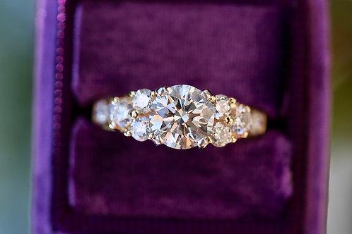 ROUND AND BAGUETTE DIAMOND WEDDING SET