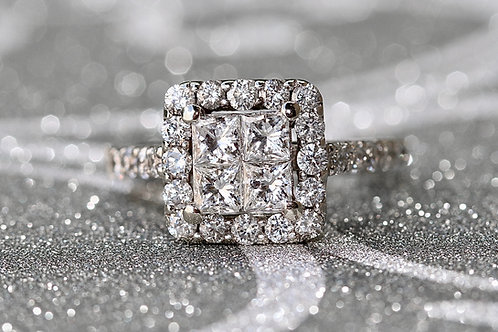 ILLUSION SET PRINCESS CUT DIAMOND ENGAGEMENT RING WITH HALO
