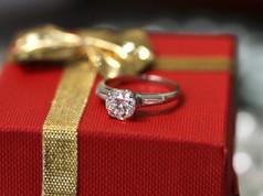Engagement rings Chesapeake VA, Cheap Engagement Rings Chesapeake VA, Jewelry Store in Chesapeake Virginia, Glenda Craddock Pawn Shops