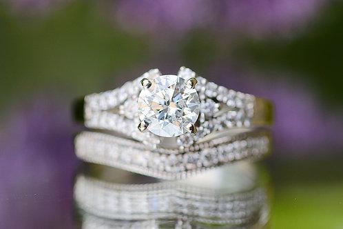 ROUND DIAMOND SPLIT BAND WEDDING SET