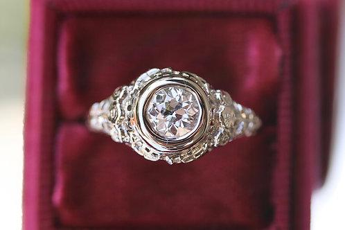 ANTIQUE FILIGREE ROUND DIAMOND RING