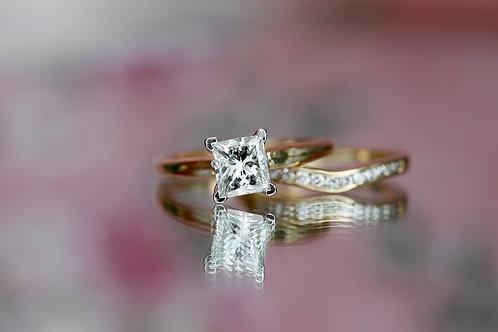 LEO PRINCESS CUT SOLITAIRE WEDDING SET WITH DIAMOND BAND