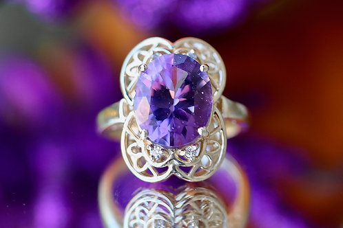 FLORAL AMETHYST COCKTAIL RING