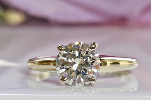 YELLOW GOLD ROUND DIAMOND SOLITAIRE ENGAGEMENT RING