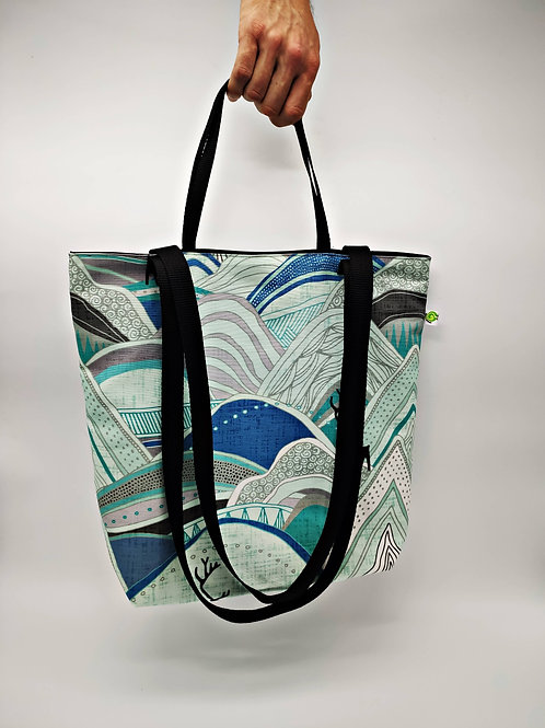 Iced mountain Tote Bag