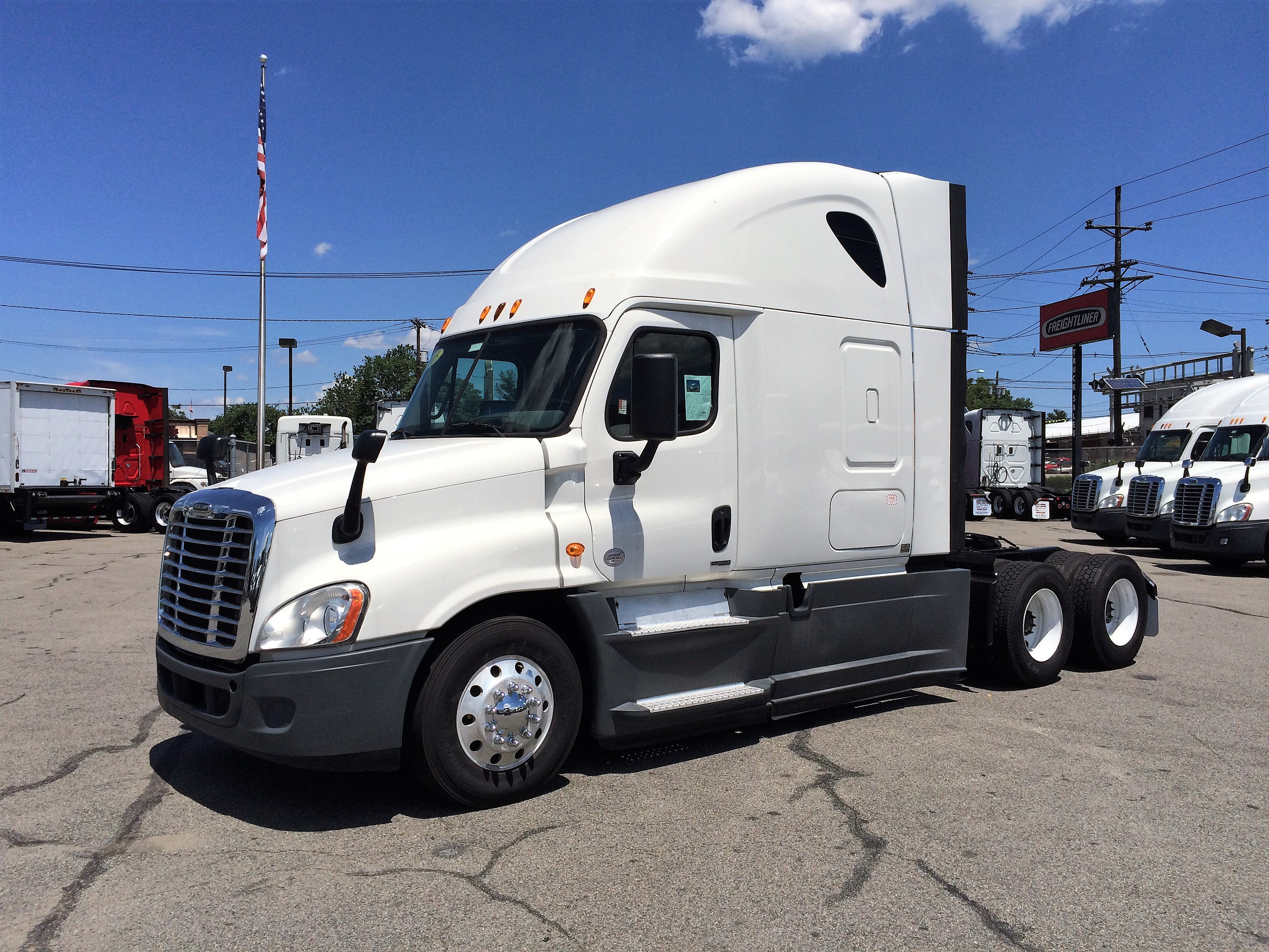 2015 Freightliner Cascadia Evolution | website