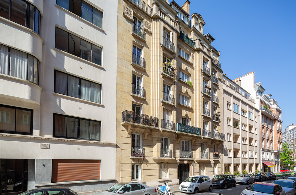 6 RUE FRANCOIS MOUTHON PARIS-002.jpg