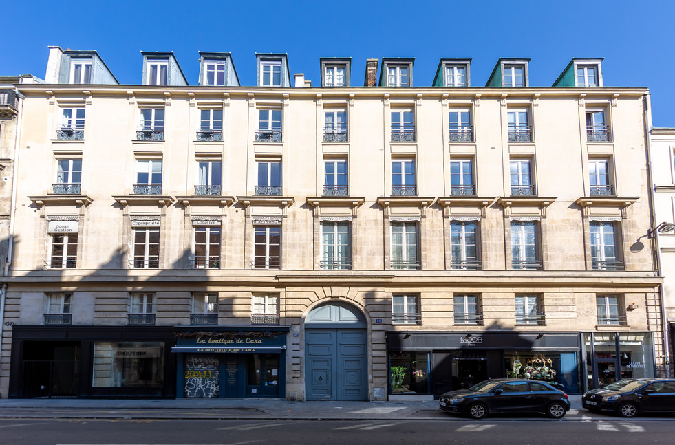 80 RUE DE TURENNE PARIS-004.jpg