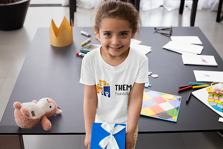t-shirt-mockup-of-a-little-girl-holding-