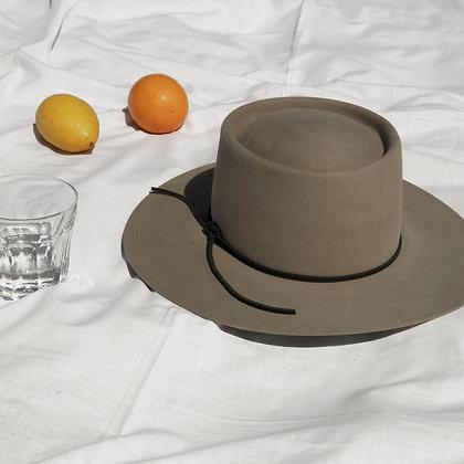 Hat Affair Grey SS20