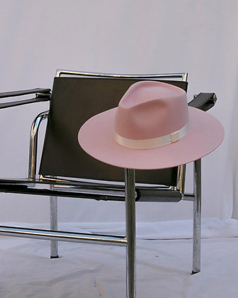Timeless Hat Soft Pink SS20