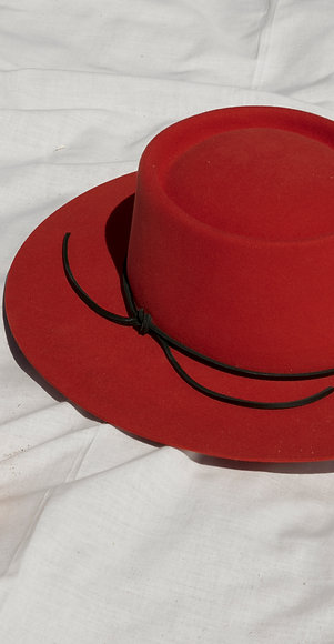 Hat Affair Orange SS20