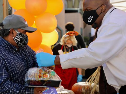LA Thanksgiving Food Distribution