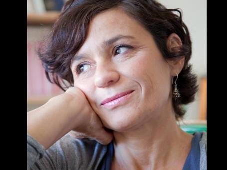 Mariolina Venezia:  donna a tuttotondo, Scrittrice, sceneggiatrice e poetessa | INTERVISTA