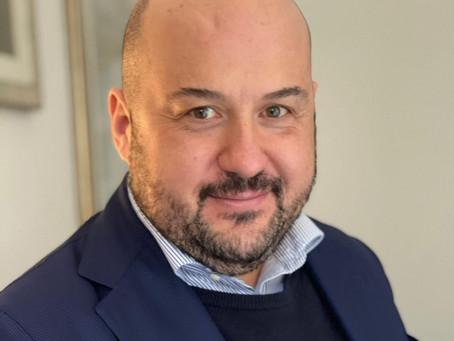 """Alessandro Pipero, maître di """"Primo appuntamento"""": """"Ho conosciuto Flavio Montrucchio in mutande!"""""""
