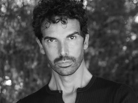 """Mirko Bonatti, docente di danza: """"Facciamo lezione online per non abbandonare i ragazzi"""""""